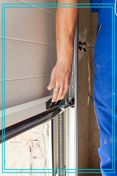 Trust Garage Door Service Costa Mesa, CA 714-676-4424